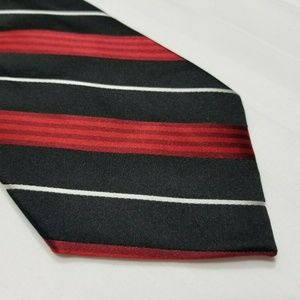 Red, Black & White Silk CROFT & BARROW Striped Tie